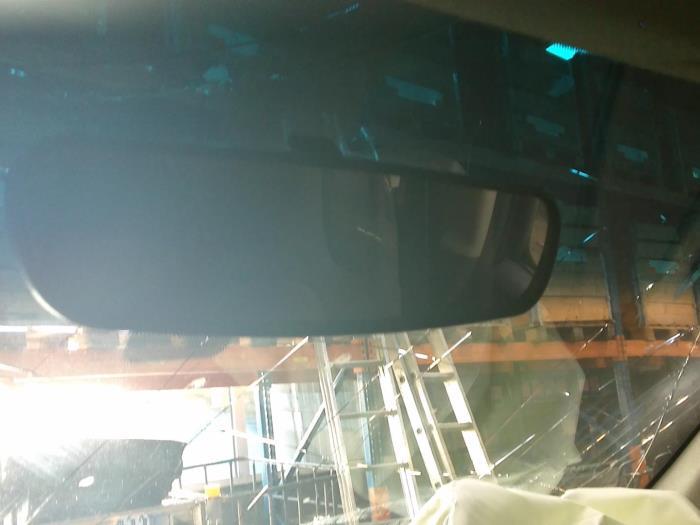 Nissan Navara (D40) 2.5 dCi 16V 4x4 2009 Binnenspiegel (klik op de afbeelding voor de volgende foto)
