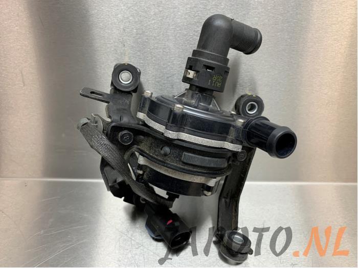 Waterpomp - 52b88fae-b91d-44c4-8f71-a73f6d869df5.jpg