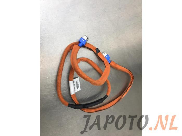 GPS Antenne (diversen) - d7d0a375-c378-475a-8aa7-536932d0be37.jpg
