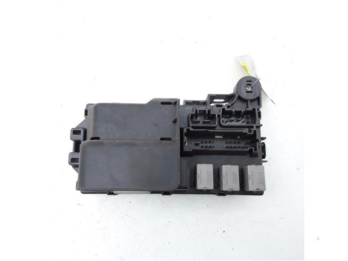 daihatsu cuore fuse box fuse box daihatsu cuore japanese   korean car parts  fuse box daihatsu cuore japanese