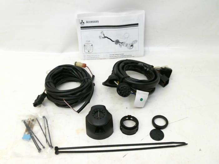 Pleasant Towbar Wiring Kit For Mitsubishi L200 Mz311617 Japoto Nl Wiring Cloud Staixuggs Outletorg