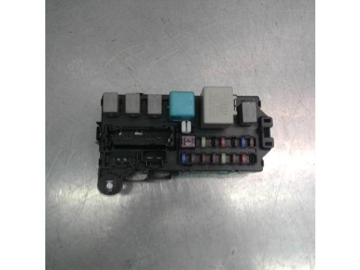 Fuse box for Daihatsu Sirion 85980B1010 - Japoto.nl Daihatsu Sirion Fuse Box on