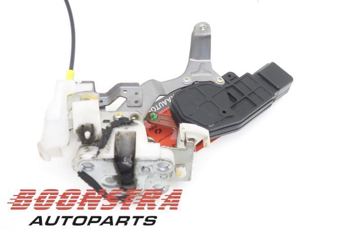 Citroen C1 Deurslot Mechaniek 4Deurs links-achter