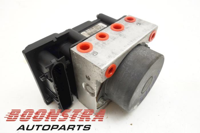 Renault Scenic ABS pump