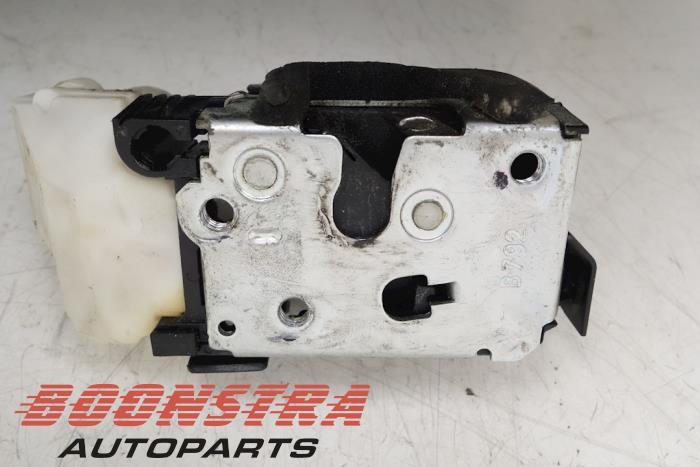 Front door lock mechanism 4-door, right Fiat Doblo (51843468, 51843470, 51843472, 51843474)