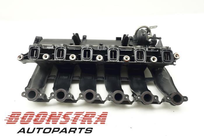 BMW 5-Serie Intake manifold