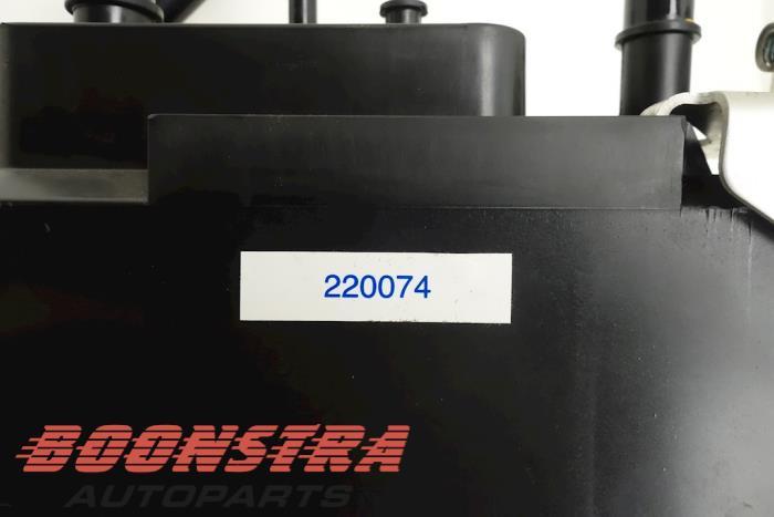 Brandstoffilter Ferrari California (220074, 183221, 206762, 219311)
