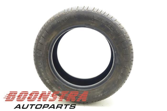 Michelin 215/60 R16 103T (Zomerband)