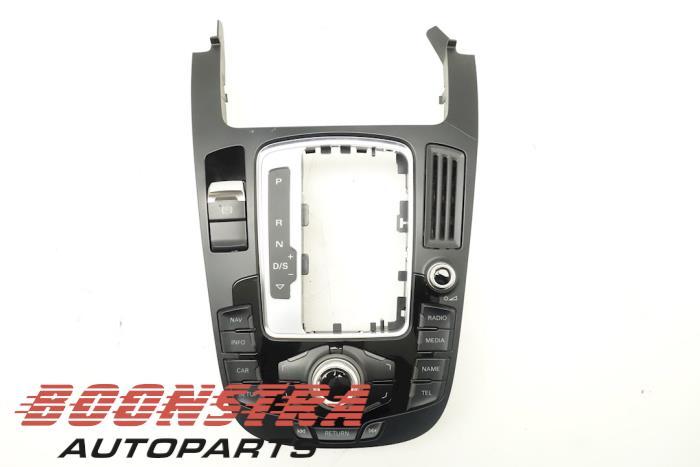 Audi A5 Navigatie bedienings paneel