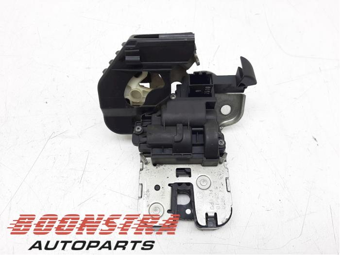 Audi A1 Tailgate lock mechanism