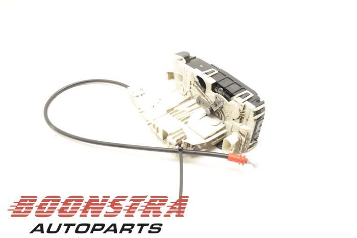 Mercedes Sprinter Minibus/van rear door lock mechanism