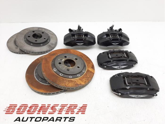 Morgan Miscellaneous Brake set complete front+rear