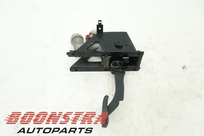 Koppelingspedaal Landrover Defender (SKB500280)