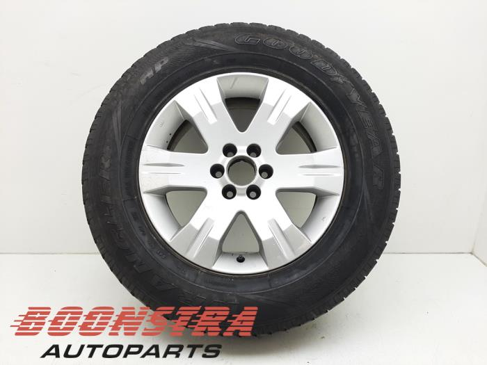 Nissan Pathfinder Felge + Reifen