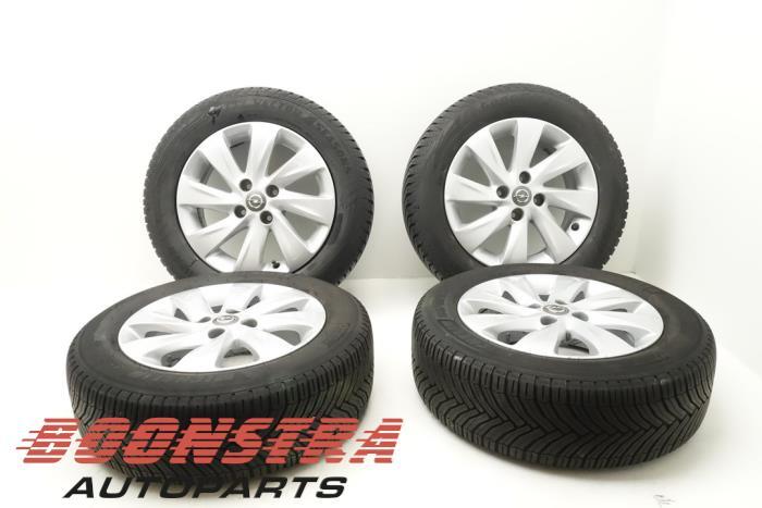 Opel Corsa Felgen Set + Winterreifen