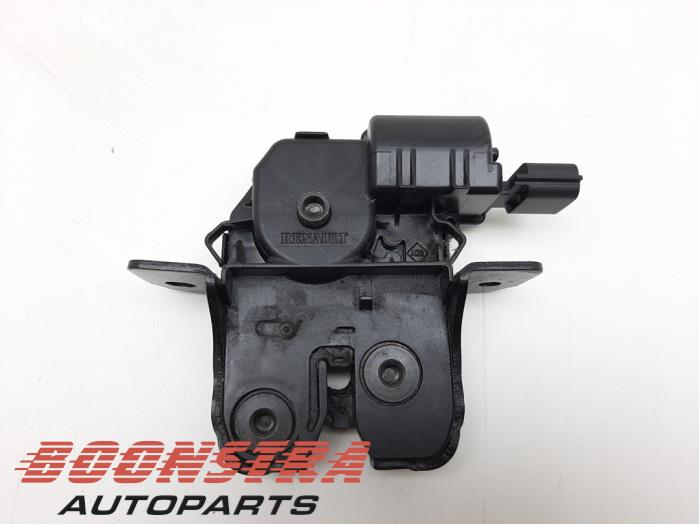 Renault Megane Tailgate lock mechanism