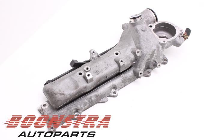 Mercedes ML-Klasse Intake manifold