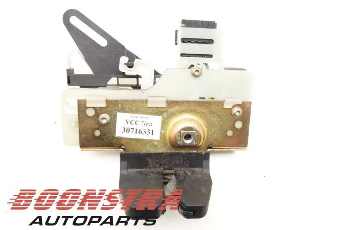 Volvo V70 Tailgate lock mechanism