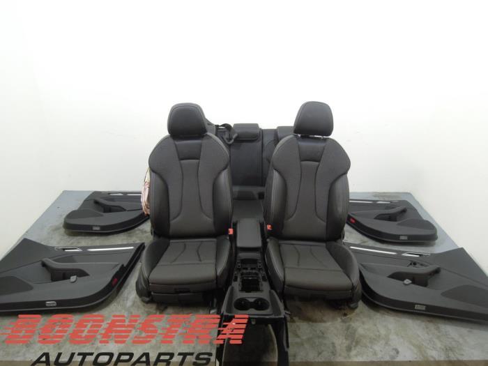 Gebruikte audi a3 sportback 8va 8vs 1 4 16v g tron for Audi a3 onderdelen interieur