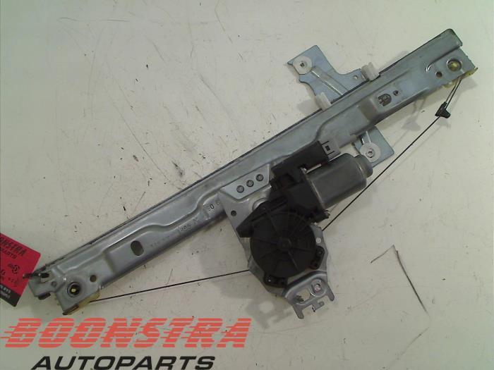 Peugeot 207 Ruitmechaniek 4Deurs rechts-voor
