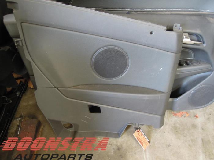 Gebruikte opel astra h twin top l67 1 8 16v interieur for Auto onderdelen interieur