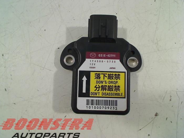 Mazda 6. Stabilisatie Regel Sensor