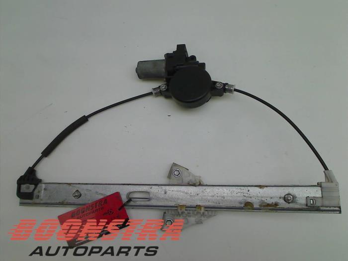Mazda 6. Ruitmechaniek 4Deurs links-voor