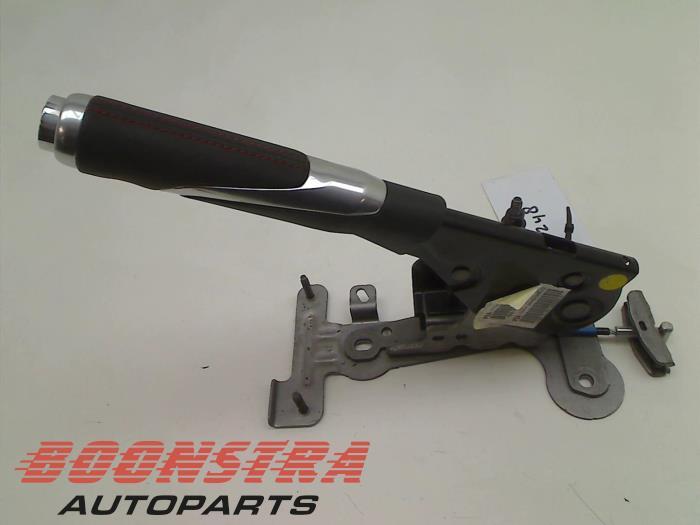 Peugeot 208 Parking brake lever