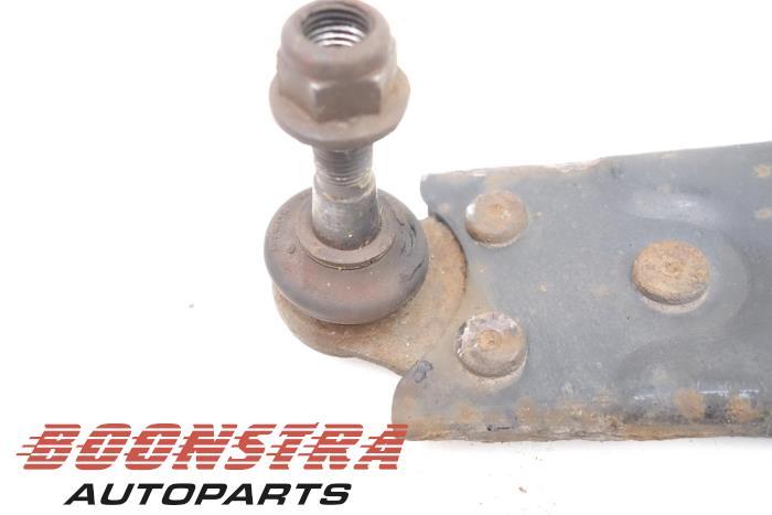 Draagarm onder links-voor Ford Focus (2460510802, 4M513A424AC)