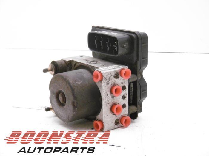 Mitsubishi Lancer ABS pump