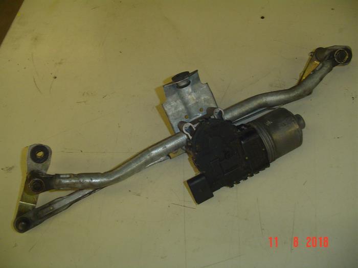 Ruitenwismotor+Mechaniek van een Seat Ibiza III (6L1) 1.4 16V 75 2002
