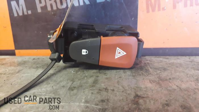 Paniekverlichtings Schakelaar - Renault Megane - O32466