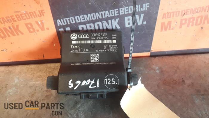 Gateway module - Volkswagen Passat - O26895