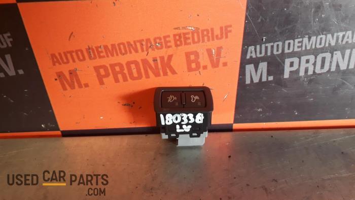 Paniekverlichtings Schakelaar - Audi Q5 - O32348