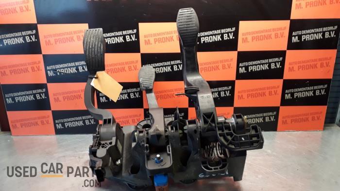 Pedalen Set - Fiat Doblo - O34553