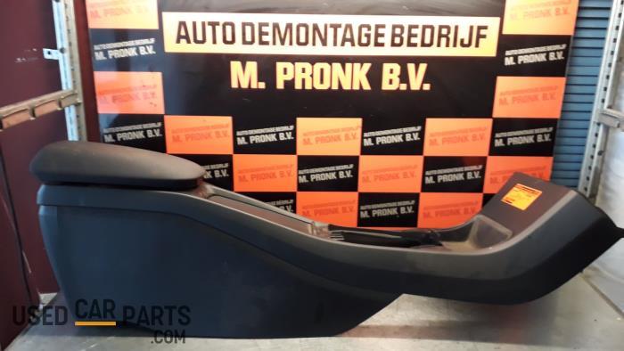 Middenconsoles - Volvo V40 - O33109