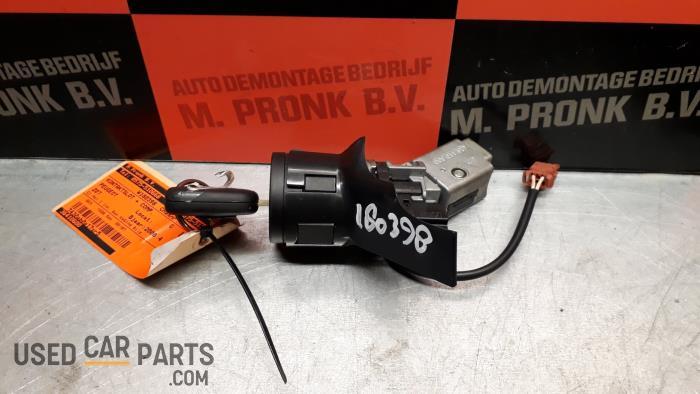 Kontaktslot + computer - Peugeot 207 - O39577