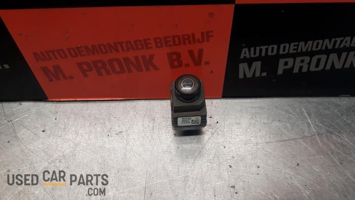 Achteruitrij Camera - BMW 2-Serie - O26906