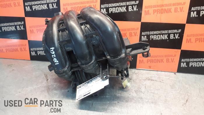 Inlaatspruitstuk - Peugeot 108 - O45083