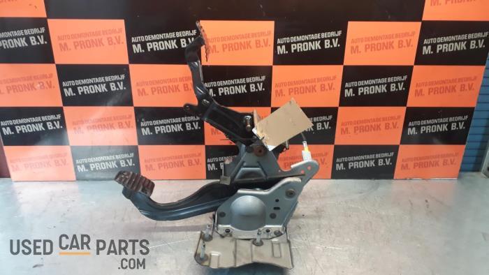 Pedalen Set - Peugeot 207 - O34560