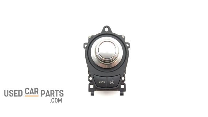 I-Drive knop - BMW 3-Serie - O32574