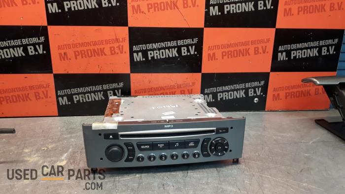 Radio CD Speler - Peugeot 308 - O33942