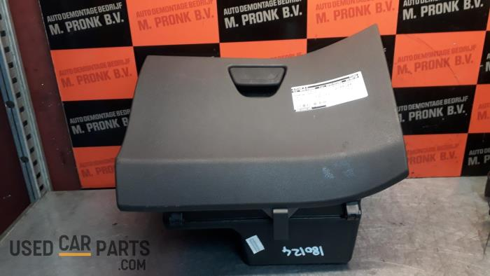 Dashboardkastje - Ford Fiesta - O30537