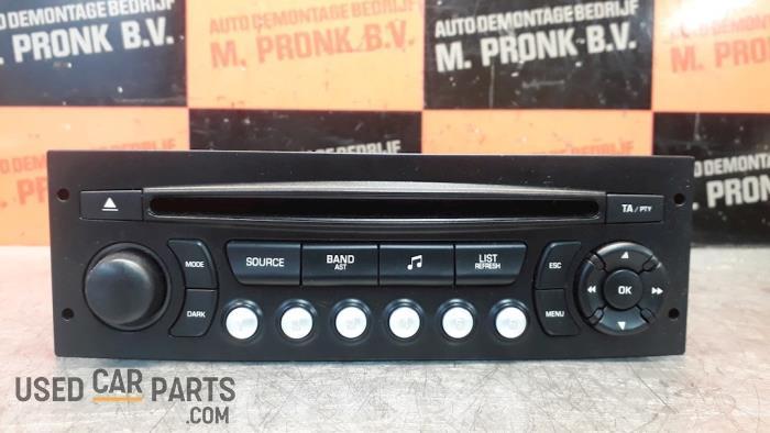 Radio CD Speler - Peugeot 207 - O51535