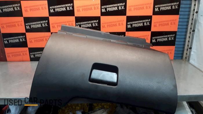 Dashboardkastje - Peugeot 207 - O52220