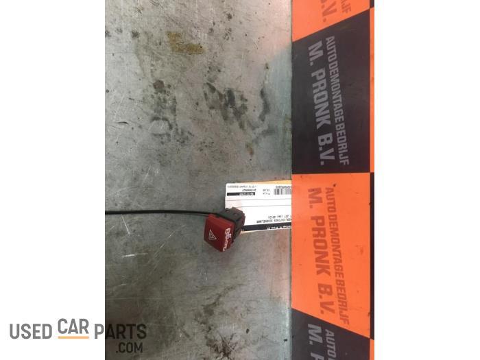 Paniekverlichtings Schakelaar - Peugeot 207 - O52243
