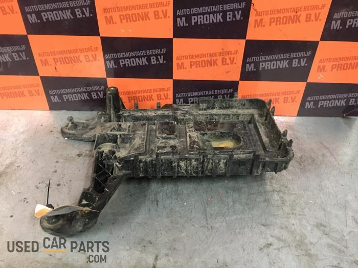 Accubak - Seat Leon - O52565