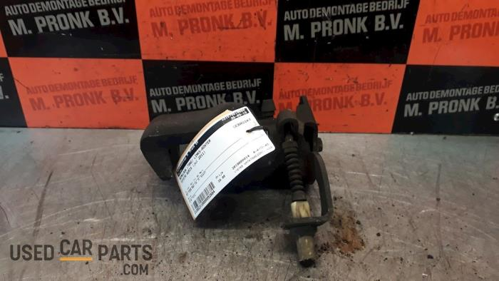 Remklauw (Tang) links-achter - Toyota Auris - O52664
