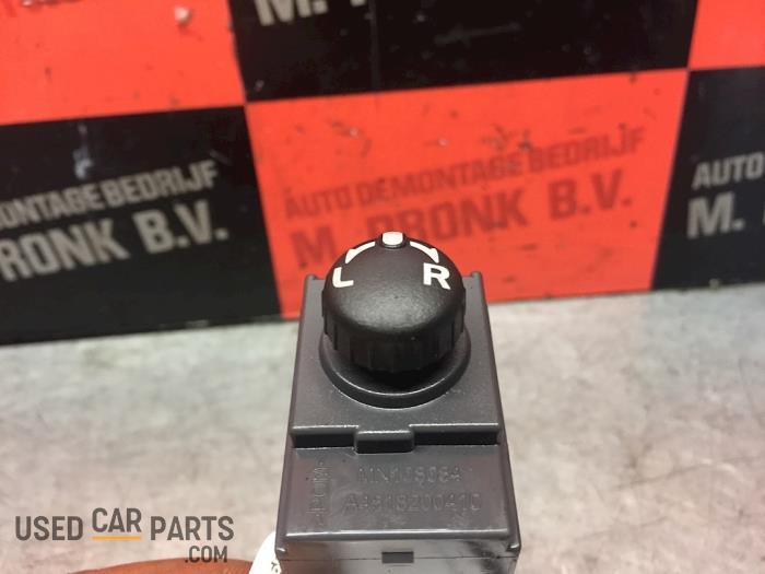 Spiegel Schakelaar - Mitsubishi Colt - O54461