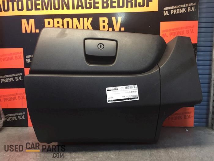 Dashboardkastje - Peugeot Bipper - O54731